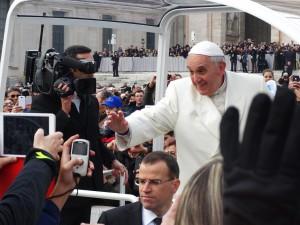 Pope-Francis-PIXABAY_707395_1280